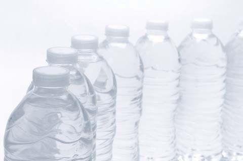 [地震対策・水の備え]マンションで1家族に必要な飲料水の備蓄量は?