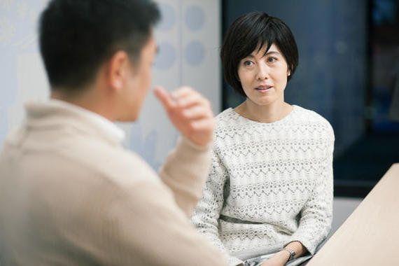 サイボウズ式:日本で子育てしにくいのは、子どもが「誰かの私物」だから──小島慶子×主夫・堀込泰三