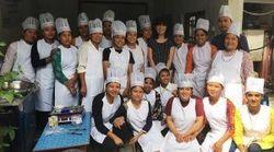 途上国でベーカリーやレストランの開業を夢見る女の子たち