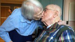 結婚75周年の100歳夫婦、幸せな結婚生活の秘訣は「お互いに正直で」