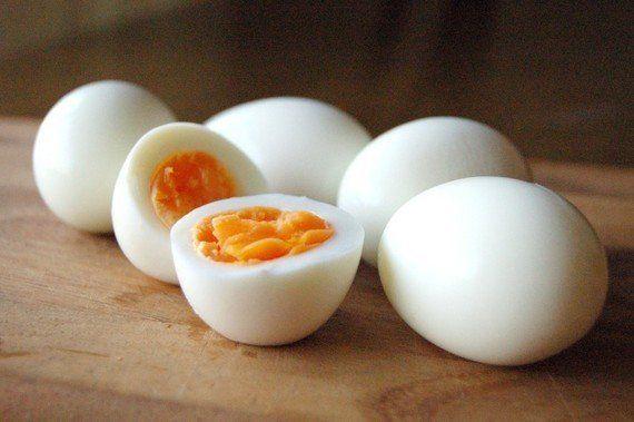 卵の殻がツルリとむける!「ゆで卵」の作り方の秘密がわかった!