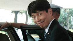 安倍首相のTwitterアカウントで山本一太議員が「爆睡」と誤爆ツイートし謝罪