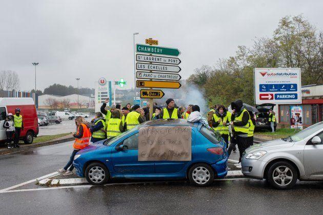 フランスを揺るがした「黄色ベストデモ」