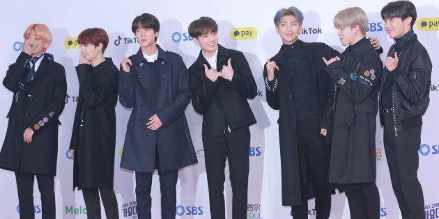BTSのメンバーら=2018年12月25日、ソウル