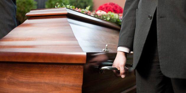 葬儀のイメージ写真