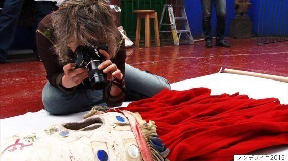 フリーダ・カーロの遺品と出会った写真家、石内都さん 「遺されたものたち」を見つめるまなざし