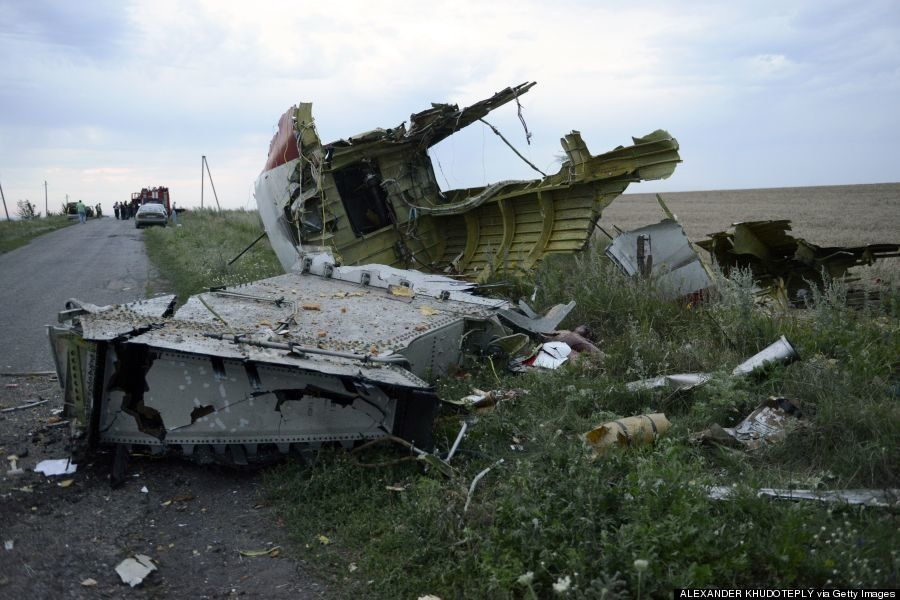 マレーシア航空機、ウクライナの墜落現場写真【画像・動画】