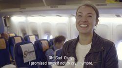 航空会社がサプライズ、離陸直前に大切な人からの手紙を届ける【動画】