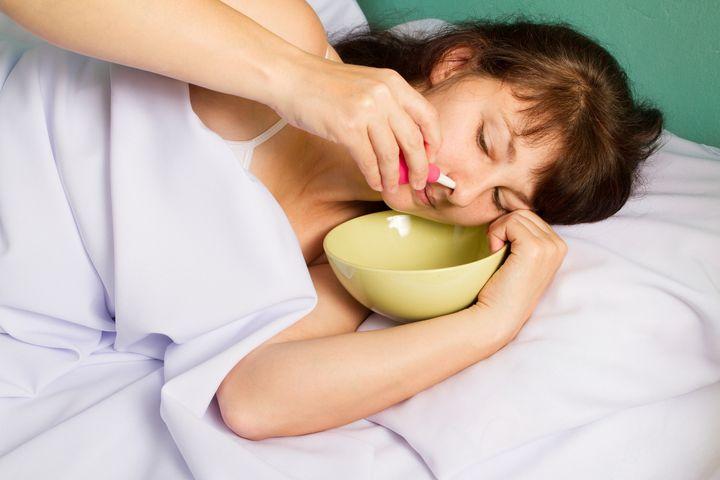 鼻 が 詰まっ て 眠れ ない 時