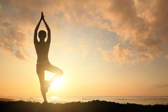 「体重増加・無気力・声枯れ」女性に多い甲状腺機能低下症との付き合い方