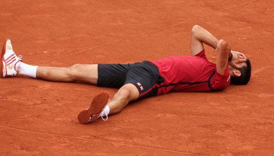 ジョコビッチ、全仏初優勝 生涯グランドスラム達成「私にとっては特別な瞬間」【画像集】