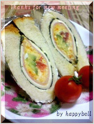 【食パン1枚で作れる】巻いて簡単「ホイルサンド」がおしゃれで可愛い!