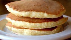 【裏ワザの裏側】材料を1つ変えるだけ。「パンケーキ」がふっくら厚焼きになる理由とは?