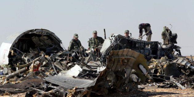 墜落のロシア旅客機は「空中分解」 モスクワの事故調査機関