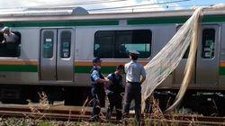 JR東海道線に網のようなものが引っかかる珍現象、約2時間運転見合わせ