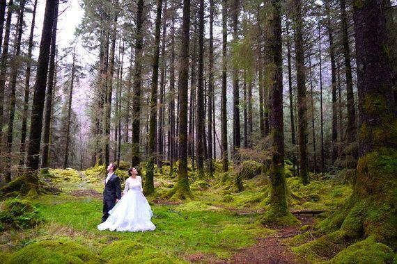 夢の結婚式を諦めて、そのお金で旅をした。これが2人のハネムーン(画像)