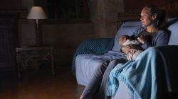 赤ちゃんがいる母親は一晩中、寝不足になりながら頭の中でこんなことを考えています