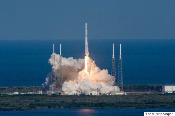 SpaceX、再利用を目的とするロケットの海上回収に3回連続で成功中