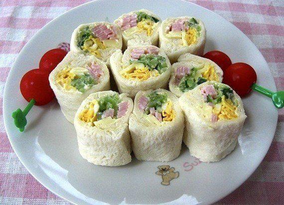 小さな子供に特におすすめ!簡単にできてサンドイッチより食べやすい【ロールサンド】を作ろう!