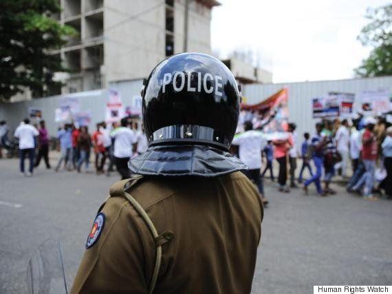 スリランカ:日常的な警察の拷問に苦しむ家族