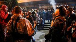 ウクライナ東部、親ロシア派が政府庁舎を占拠