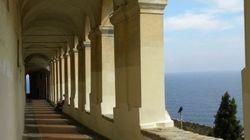 イタリアの古都・インペリアは「迷宮都市」