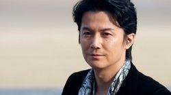 福山雅治さん宅侵入容疑、マンション・コンシェルジュの女を逮捕