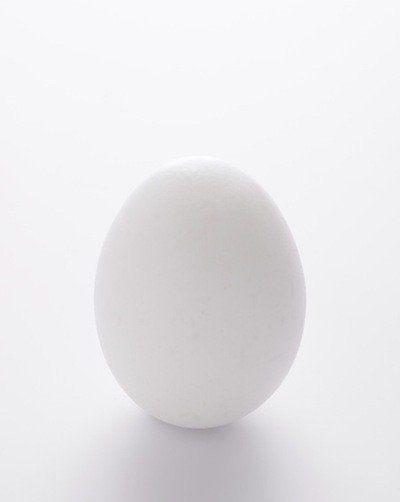 いま話題の「冷凍卵」で目玉焼きをつくると...!