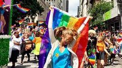 LGBTのパレード、ニューヨークで開催 同性婚を祝福、虹を掲げる人たち(画像・動画)