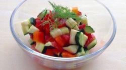 夏野菜がおいしい時期は「塩サラダ」に注目