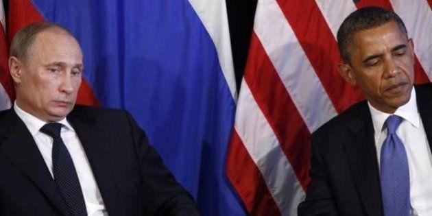 ウクライナ問題で米ロ首脳が電話会談