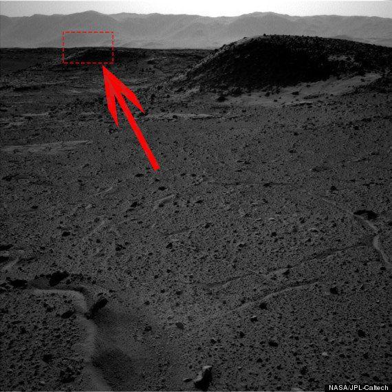火星探査車が「謎の光」を撮影?【写真】