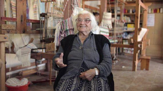 幸せに老いる達人たち、イカリア島の老人たちから学べることは?