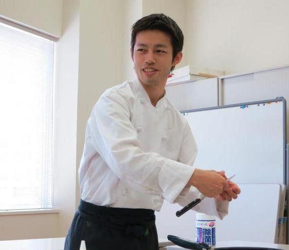 パエリアを、日本の食卓に届けたい ---