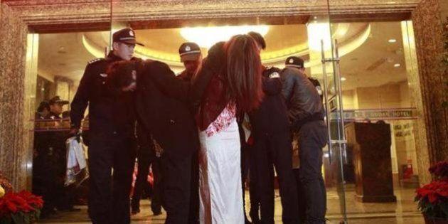 中国の「性都」広東省東莞市で大規模な売春摘発 経済的損失は8000億円以上