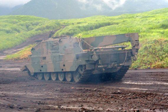 戦車に特徴的な「あれ」が外れるアクシデント【動画】