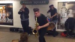 通勤客もノリノリ、NYの地下鉄パフォーマーがすごい【動画】