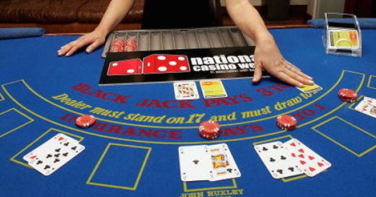 バカラ 賭博 と は バカラ (トランプゲーム) - Wikipedia