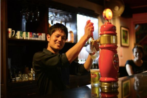 三度のソフトテニス日本一を経験した新卒男子が、内定辞退してカンボジアで働く理由。