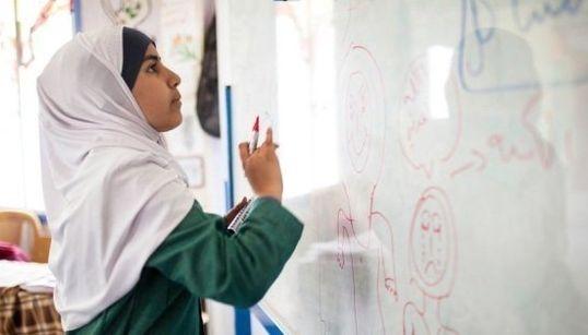 マララさんに勇気づけられたシリア難民の少女が、ヨルダンで始めたこと。