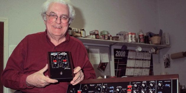 ADVANCE FOR WEEKEND EDITIONS OF DEC. 30-31 --Synthesizer pioneer,