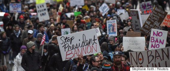 トランプ大統領令を連邦地裁が全米で一時差し止め、入国禁止令でこれまで6万人がビザ失効