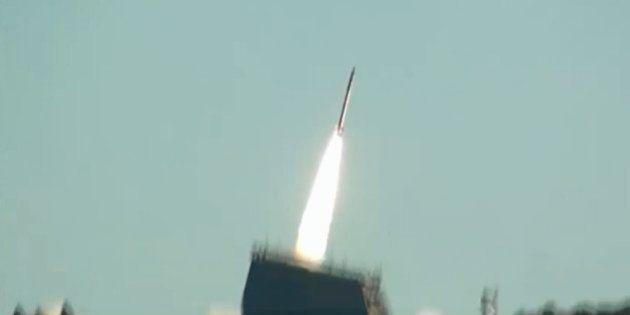 「電柱ロケット」打ち上げ失敗 2段目に点火せず飛行中断【UPDATE】