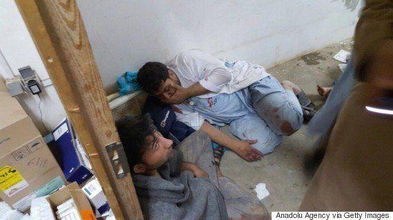 アフガニスタンの病院空爆、国境なき医師団の看護師が恐怖の瞬間を語る「ベッドごと患者が焼かれ...」