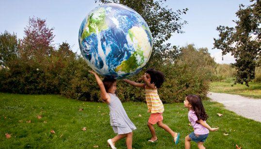 「ポジティブな感情体験」が多い国の幸福ランキング【画像】