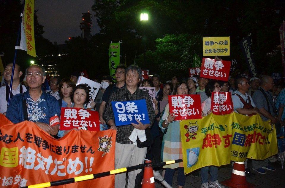 安保法案、衆院本会議で可決 NHKは予定を変更して国会中継【画像】