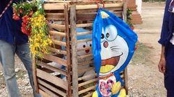 ドラえもん、タイで守り神になる 雨乞いの儀式で本物の猫の身代わりに