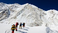 エベレストが大渋滞。そのうち初心者は登れなくなる?