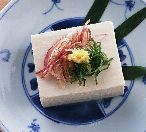 「現代版豆腐百珍」から人気レシピTOP5をご紹介!豆腐人気の秘密はやはり「ヘルシー」と「節約」だった!