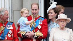 ジョージ王子もパパに抱かれて楽しそう イギリス王室4世代が勢揃い(画像集)